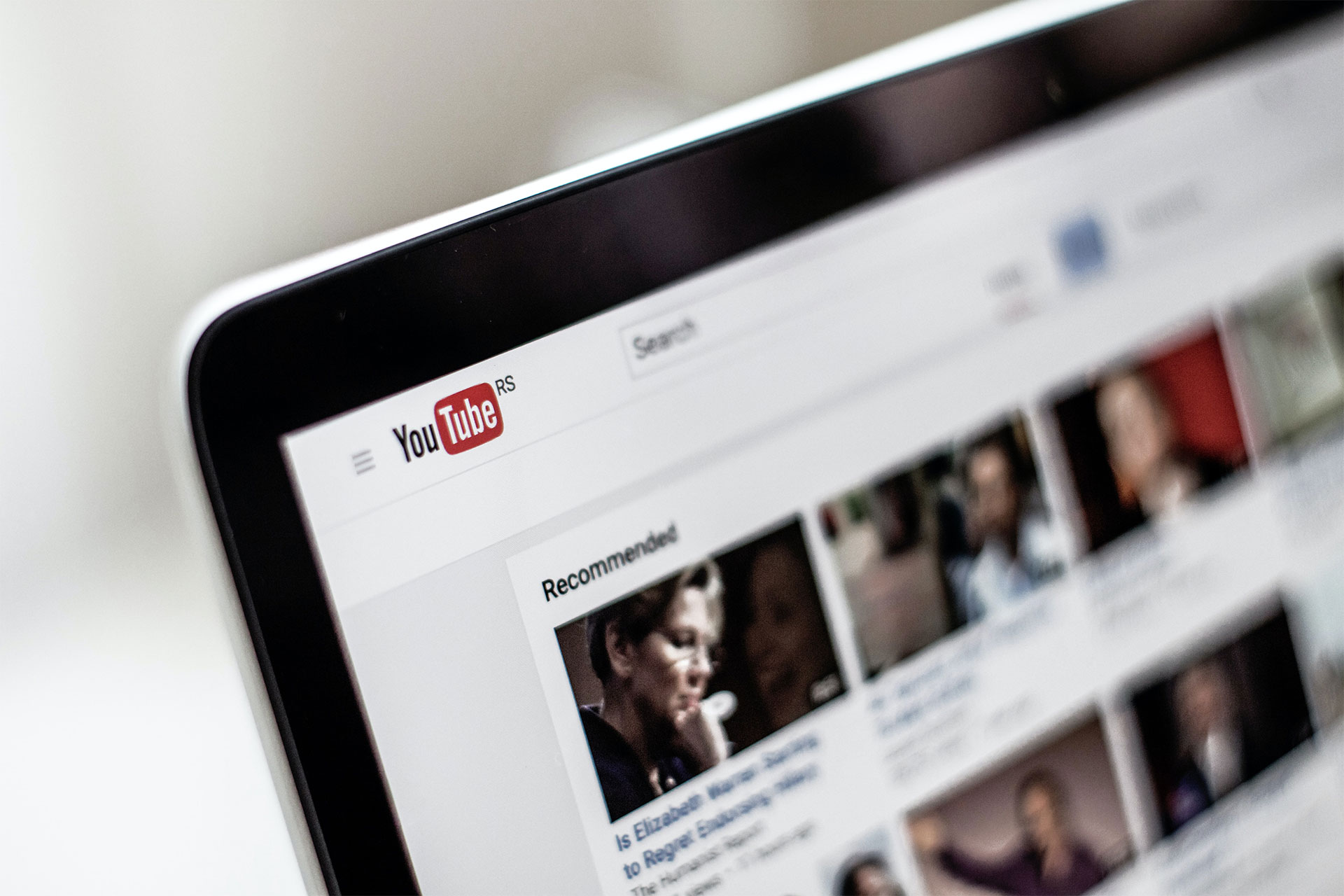 「Youtuber(ユーチューバー)とは!? マネタイズの仕組みやなり方を解説」のアイキャッチ画像